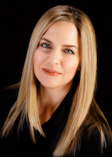 Jayne Bottensek is an aesthetic medical professional for RefineMD.