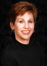 Kathie Hacker is a receptionist and product specialist for RefineMD.